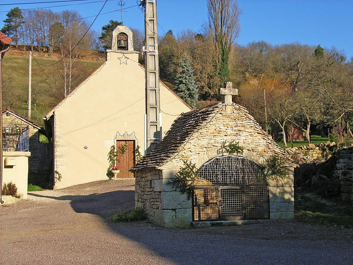Chapelle et fontaine de Clirey